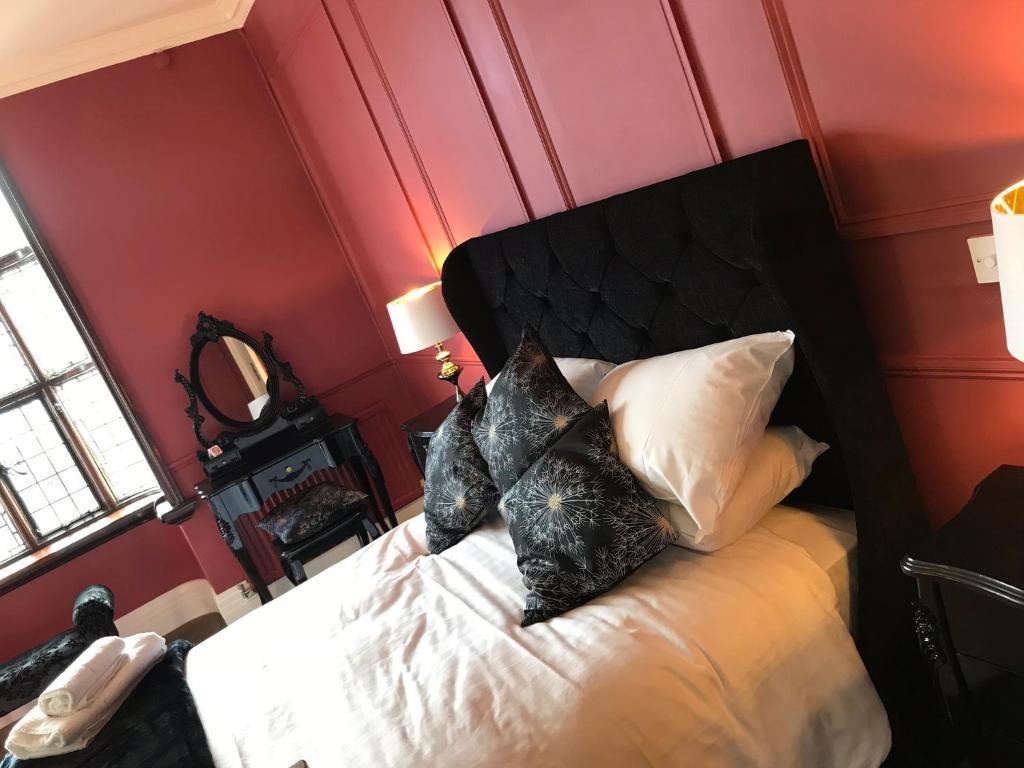 Black Boy hotel - Laterooms