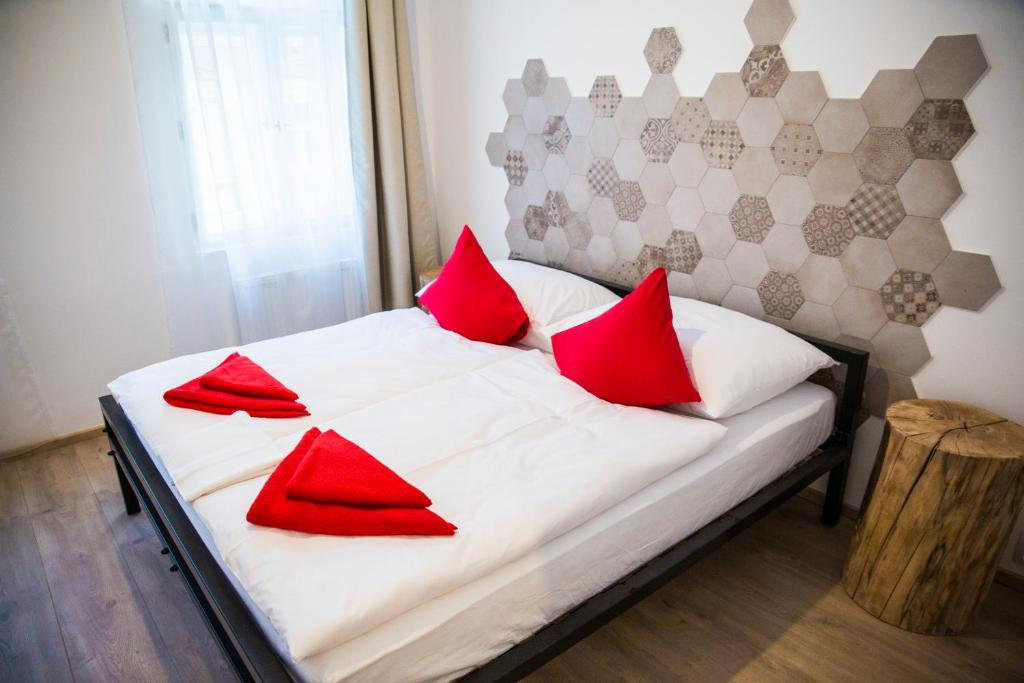 Кровать или кровати в номере Gregory House