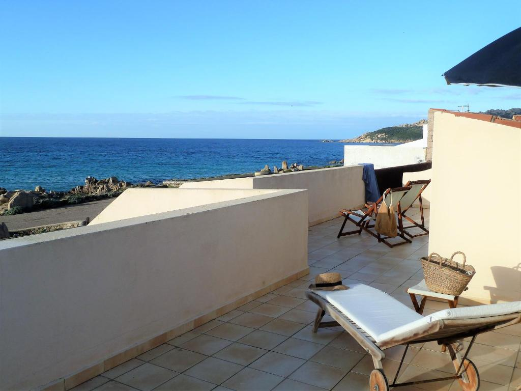 A balcony or terrace at B&B Mistral