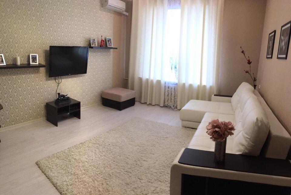 Гостиная зона в апартаменты на ленинградской