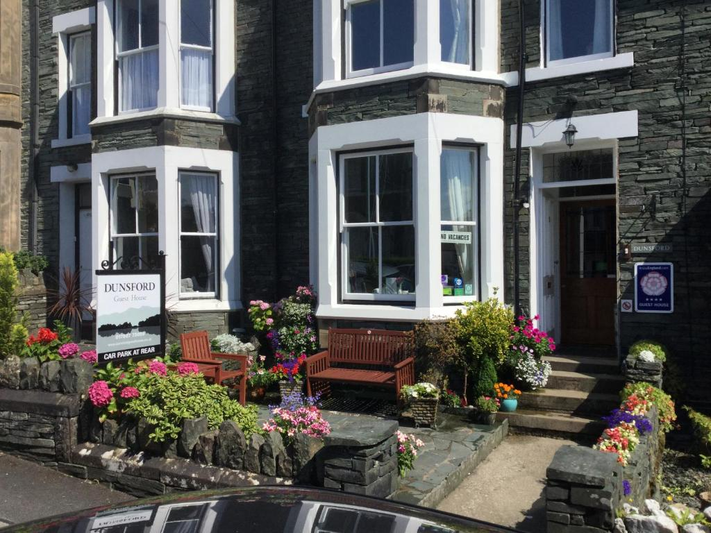Dunsford Guest House - Laterooms