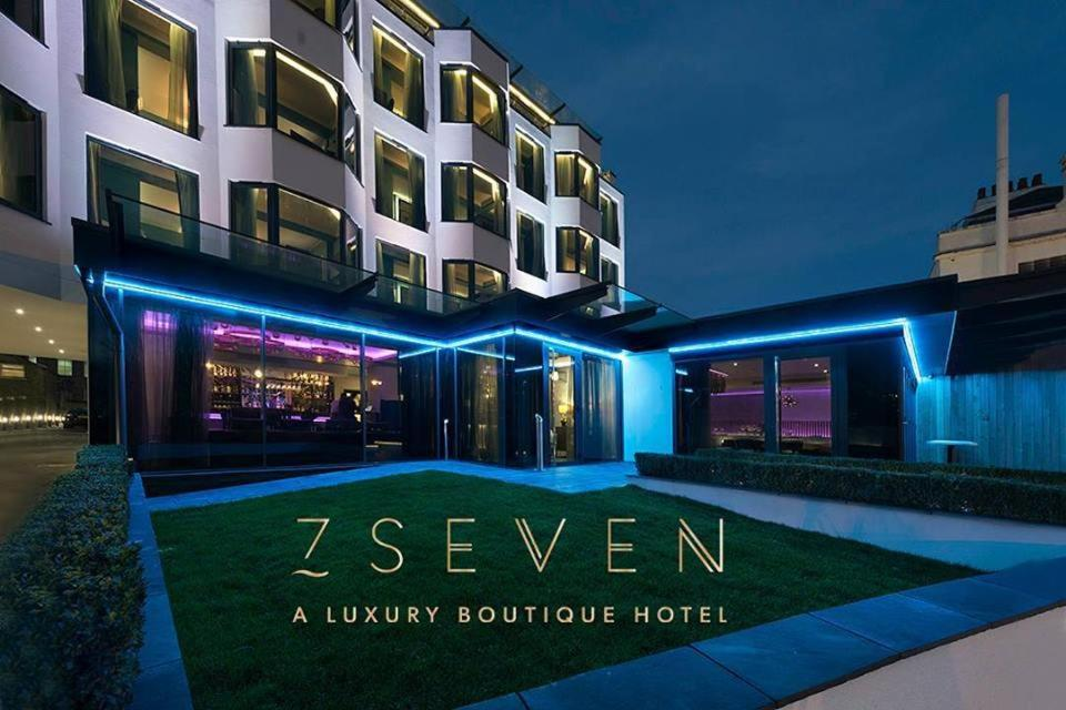 Seven Hotel - Laterooms