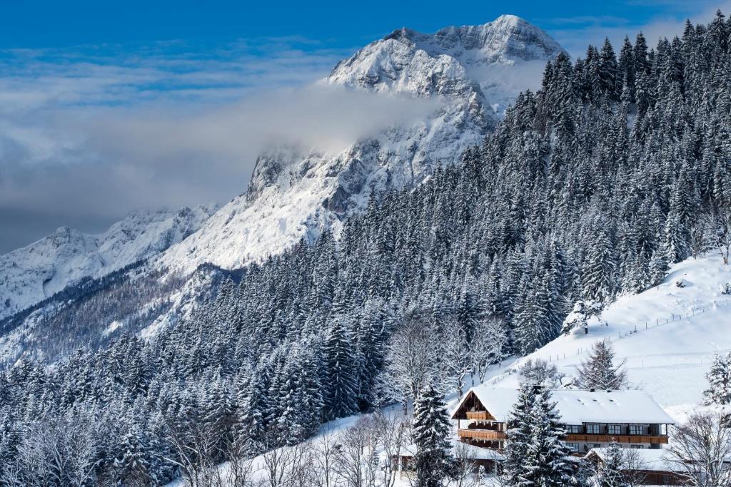 Hotel-Gasthof Nutzkaser im Winter