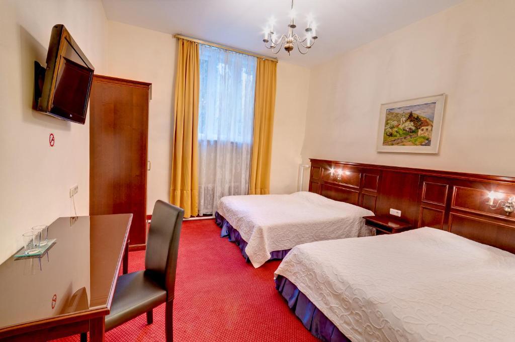 A room at the Hotel Viktoria Schonbrunn.