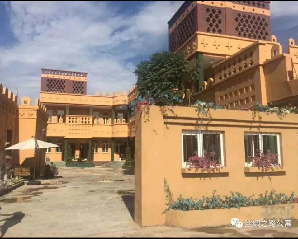 Turpan Silk Road Lodges - The Vines