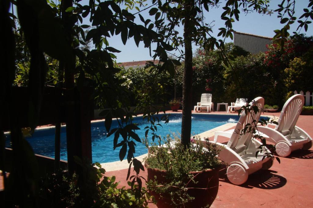 La pileta dentro o cerca de Apart Hotel Sahara