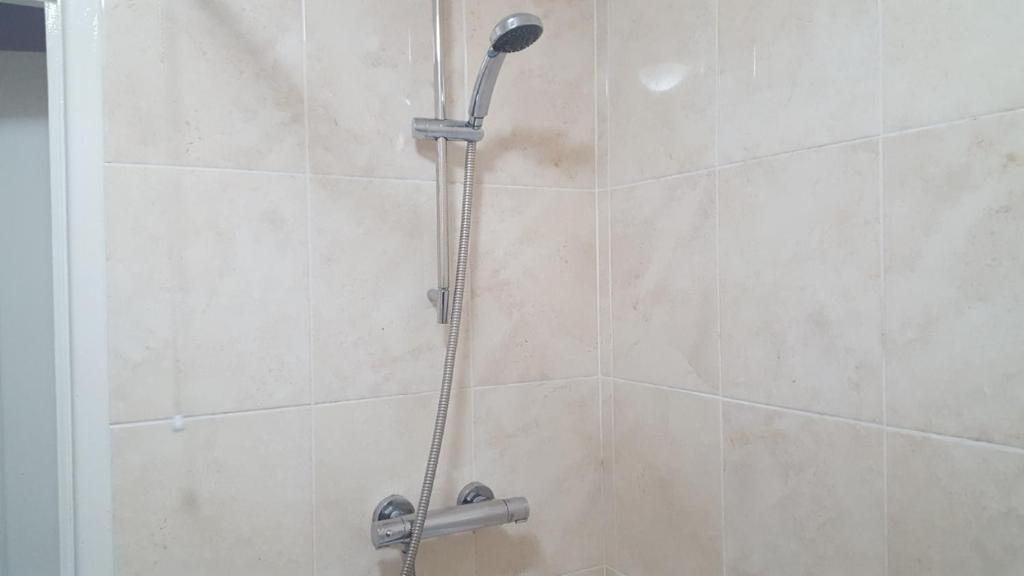Self Catering Belfast City Apartment - Laterooms