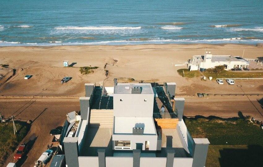 Una vista aérea de Los Pinos Pinamar