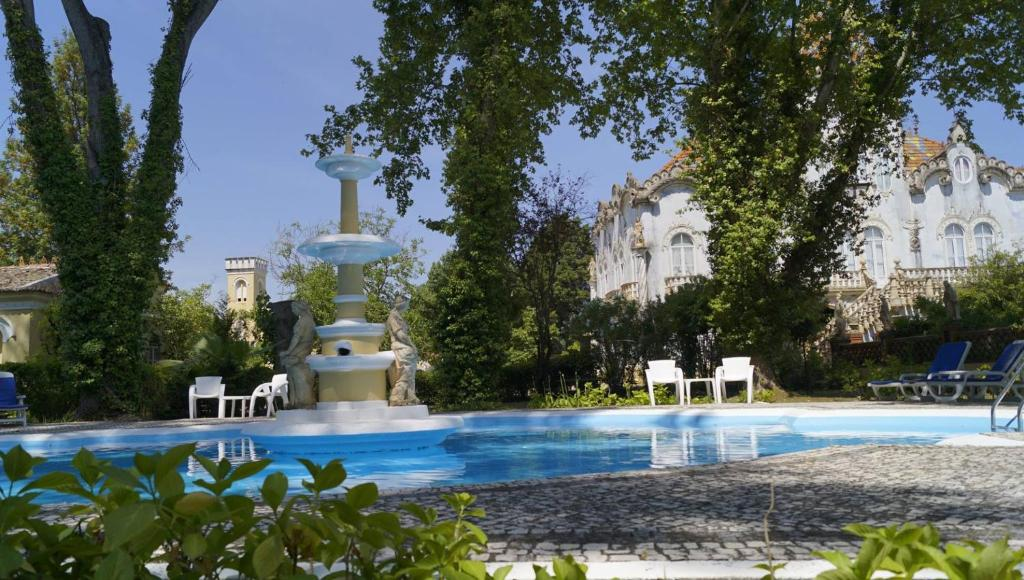 The swimming pool at or close to Quinta de Coalhos TH