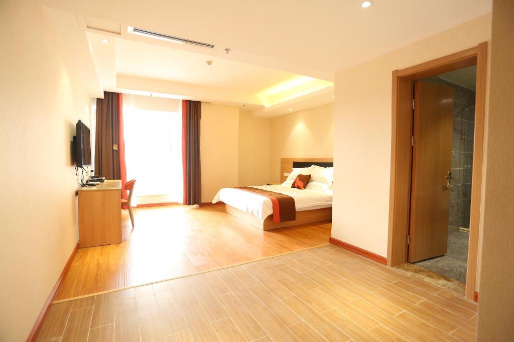 JUNYI Hotel Hebei Shijiazhuang Pingshan Town Wanshou Road