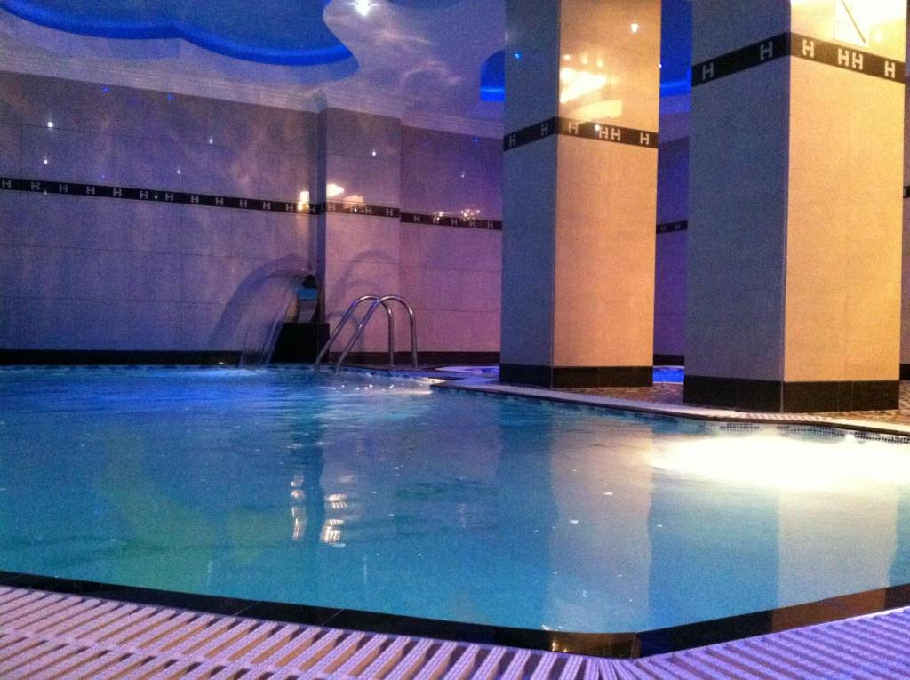 The swimming pool at or near Hotel Arca lui Noe
