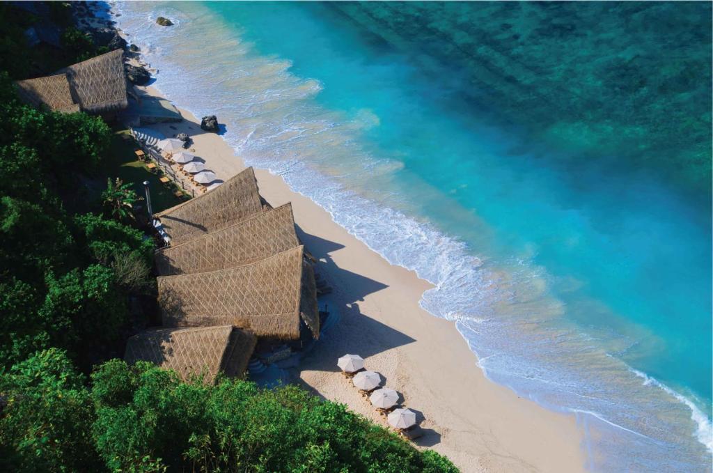 A bird's-eye view of The Ungasan Clifftop Resort