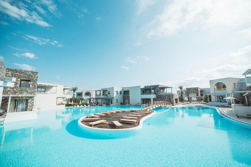 The swimming pool at or close to Ostria Resort & Spa