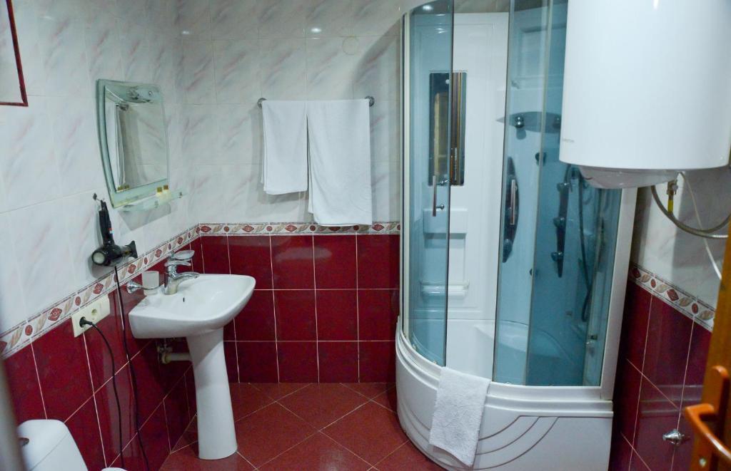 Ванная комната в Hotel Old Town