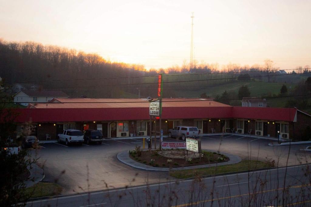 Tazewell Motor Lodge
