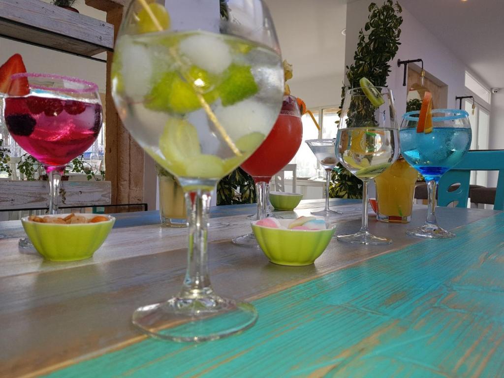 Drinks at Solpark tenis SL Pension
