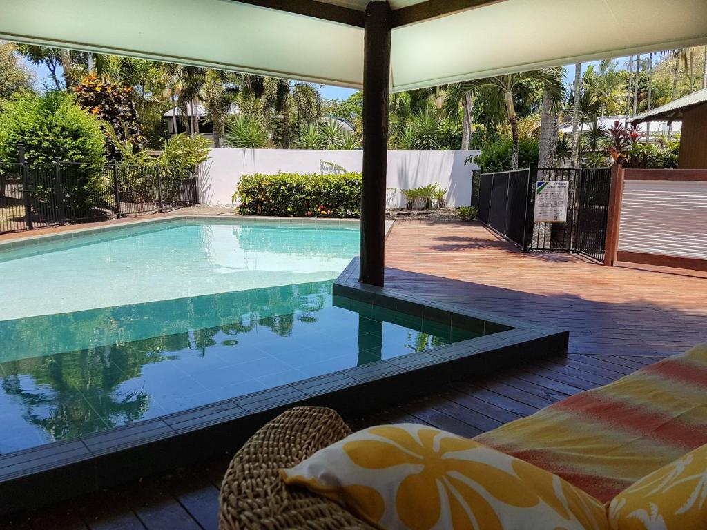 The swimming pool at or near Crazy About Cairns Resort Living - 6 Bedrooms