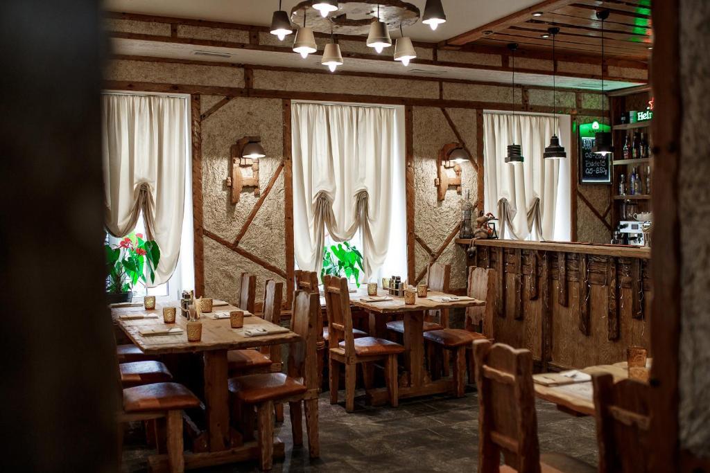 Ресторан / где поесть в Усадьба Стрелингоф
