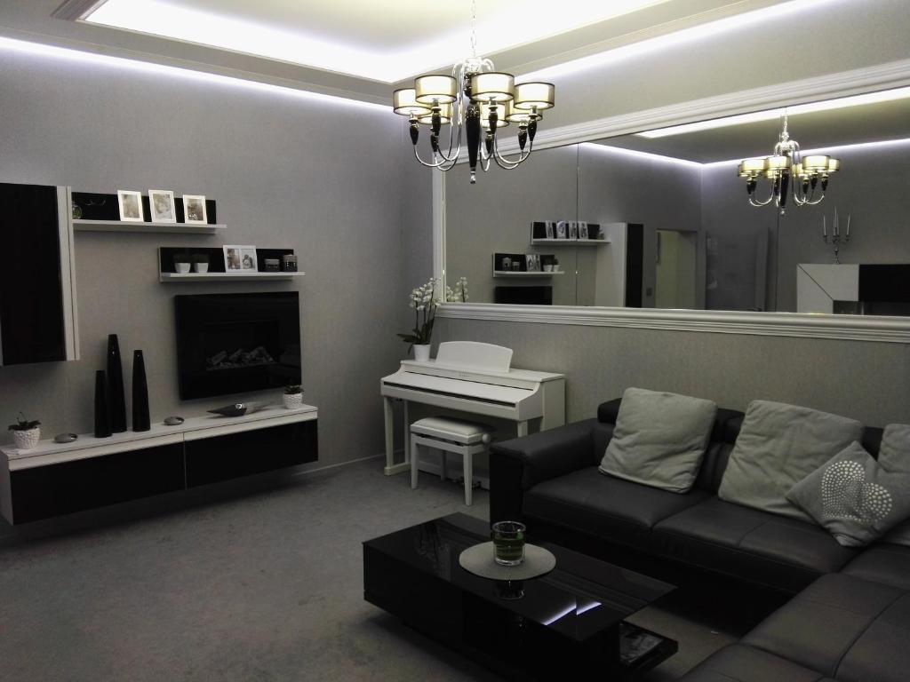 A seating area at Apartment Villa Ksenija