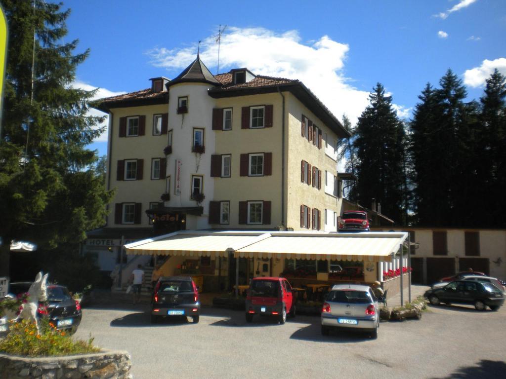 Hotel Roen Ruffre-Mendola