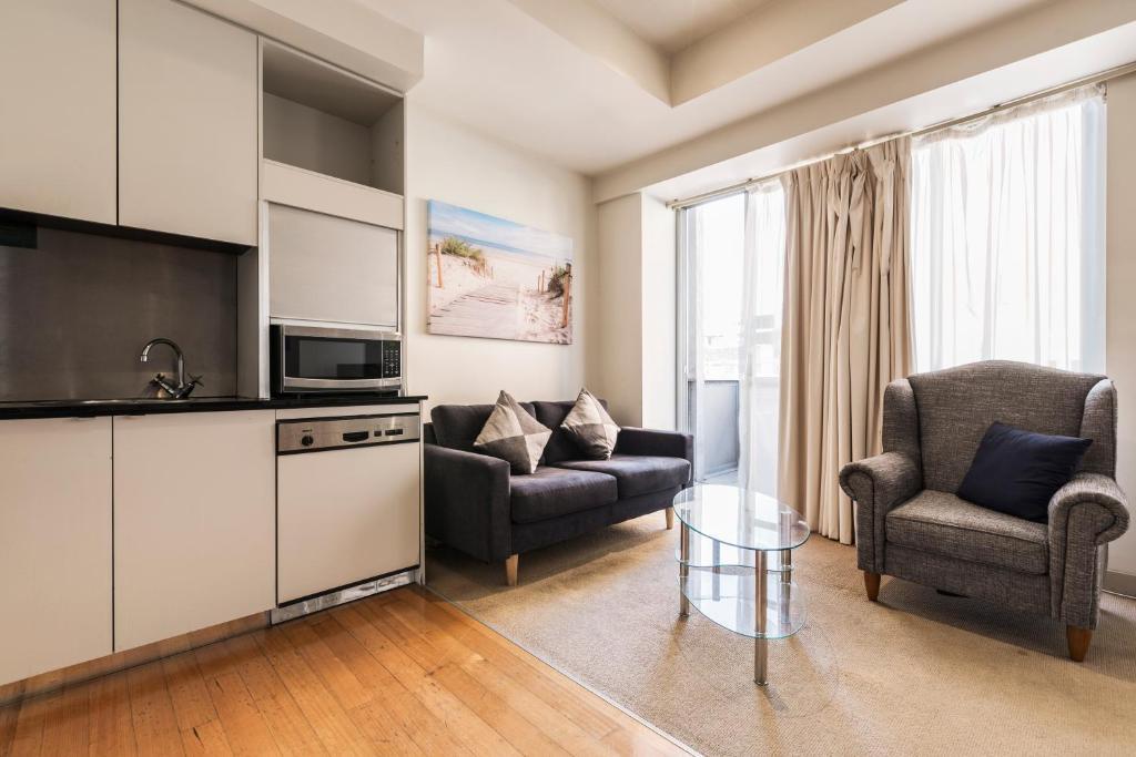 2 Bedroom Apartment With Balcony Melbourne Australia Booking Com