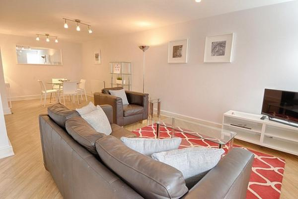 Roomspace Serviced Apartments - The Courtyard in London, Greater London, England