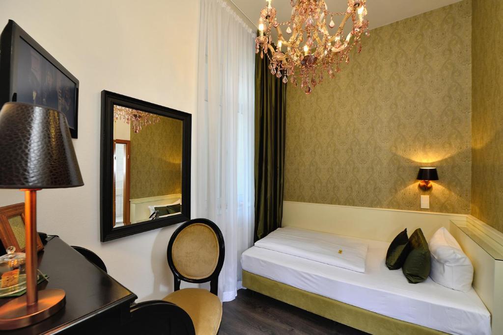 Een badkamer bij Hotel Domstern