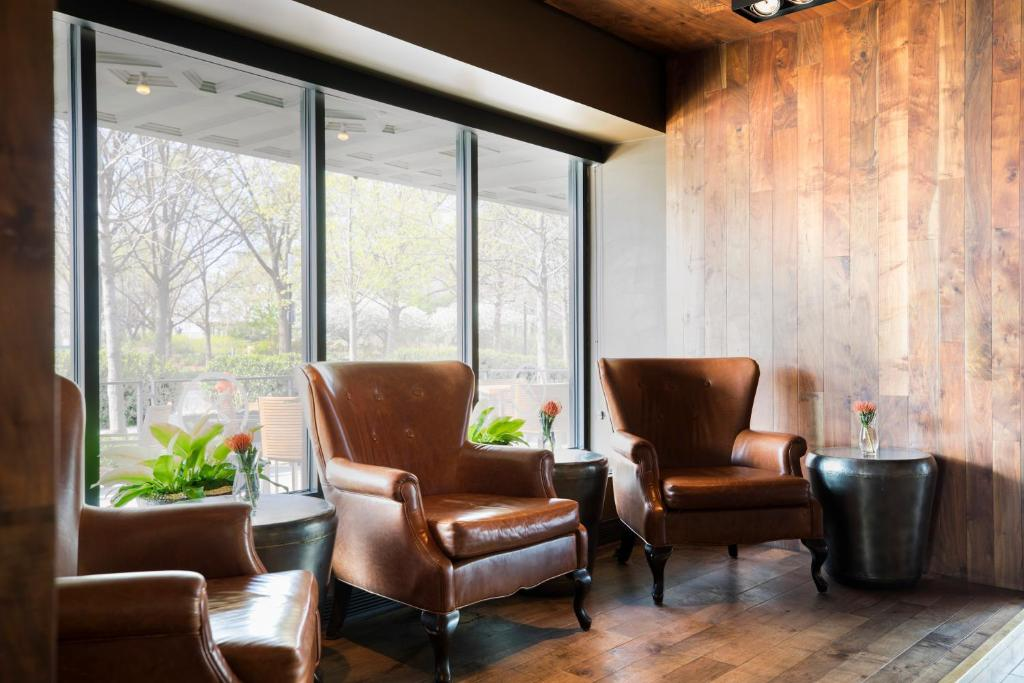 A seating area at Colcord Hotel