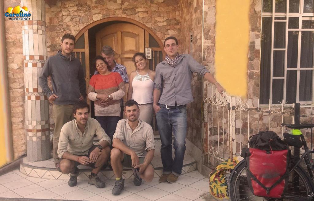 Famille séjournant dans l'établissement Caroline lodging