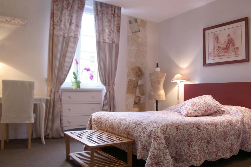 Hotel Saint Yves Nantes, France