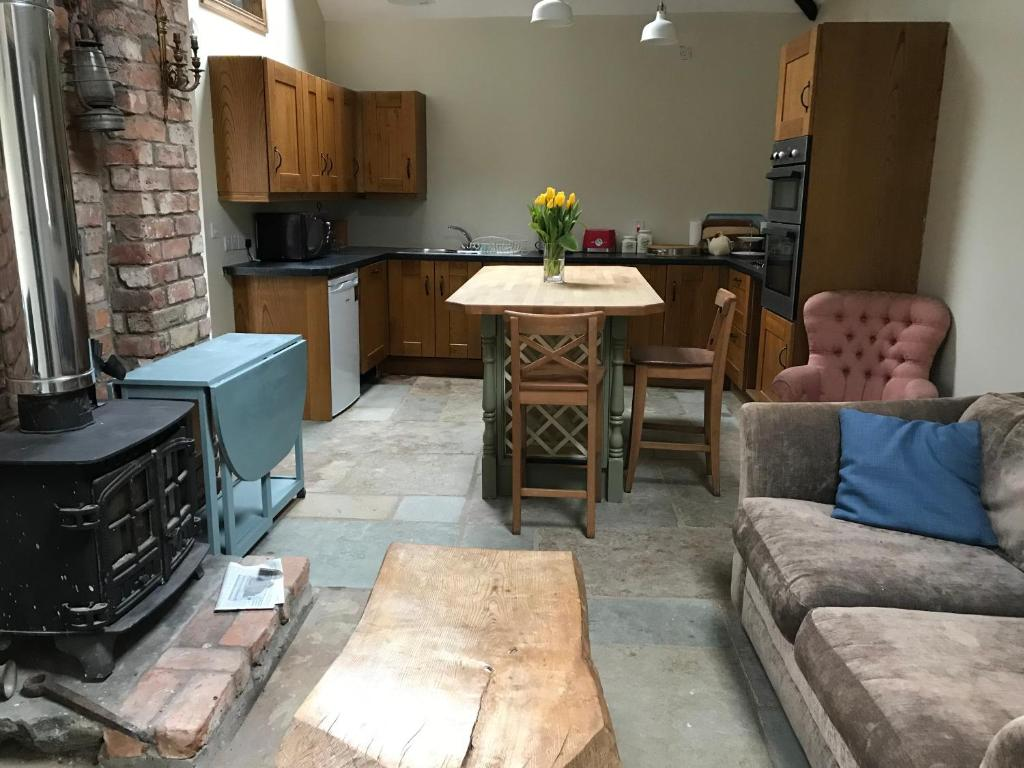 A seating area at Horseshoe Cottage