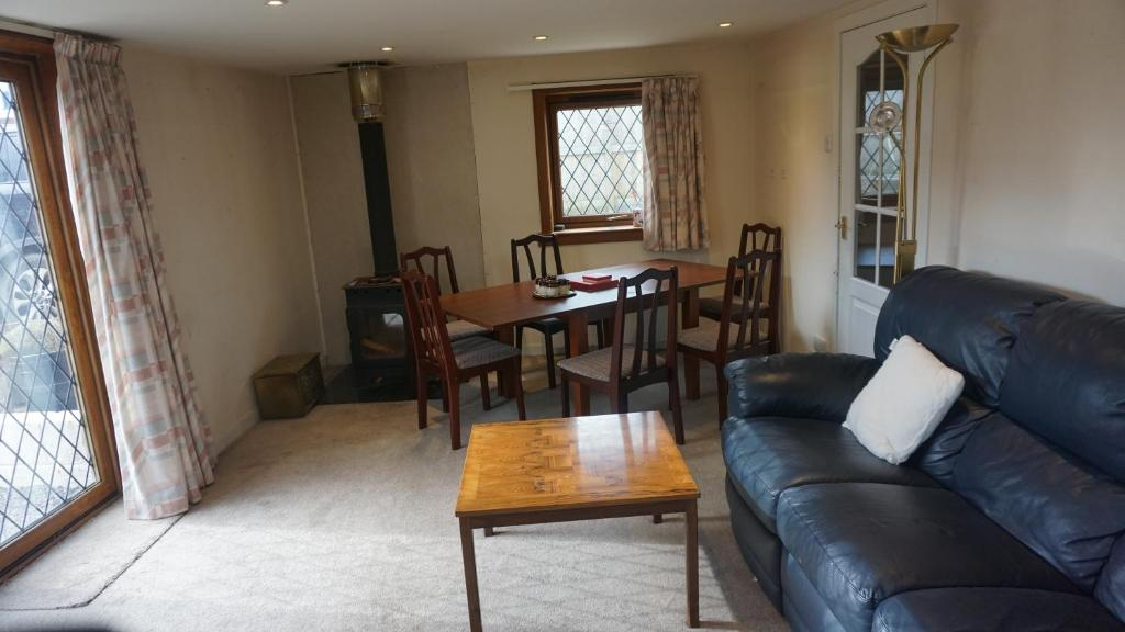 CherryTree Cottage - Laterooms