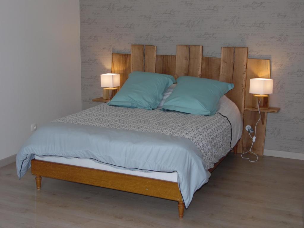 Un ou plusieurs lits dans un hébergement de l'établissement Chez la Blanche