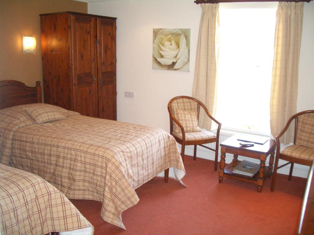 Whoop Hall Hotel and Leisure - Laterooms