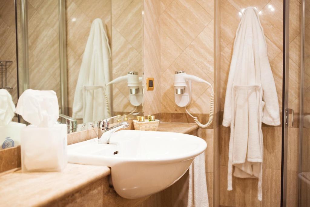 Ein Badezimmer in der Unterkunft Hotel Barberini