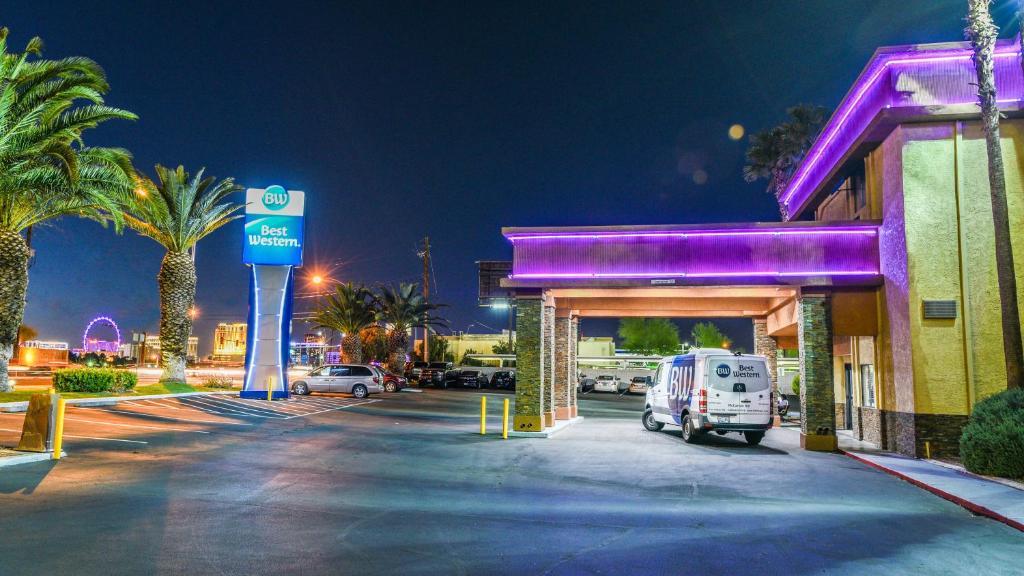 The Best Western McCarran Inn, one of the hotels near Las Vegas Airport.