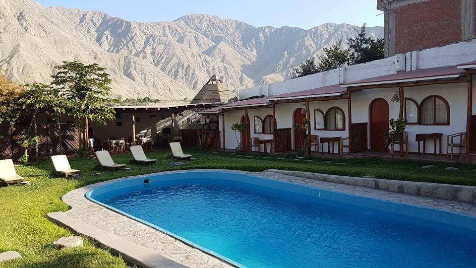 The swimming pool at or close to La Fortaleza del Inca