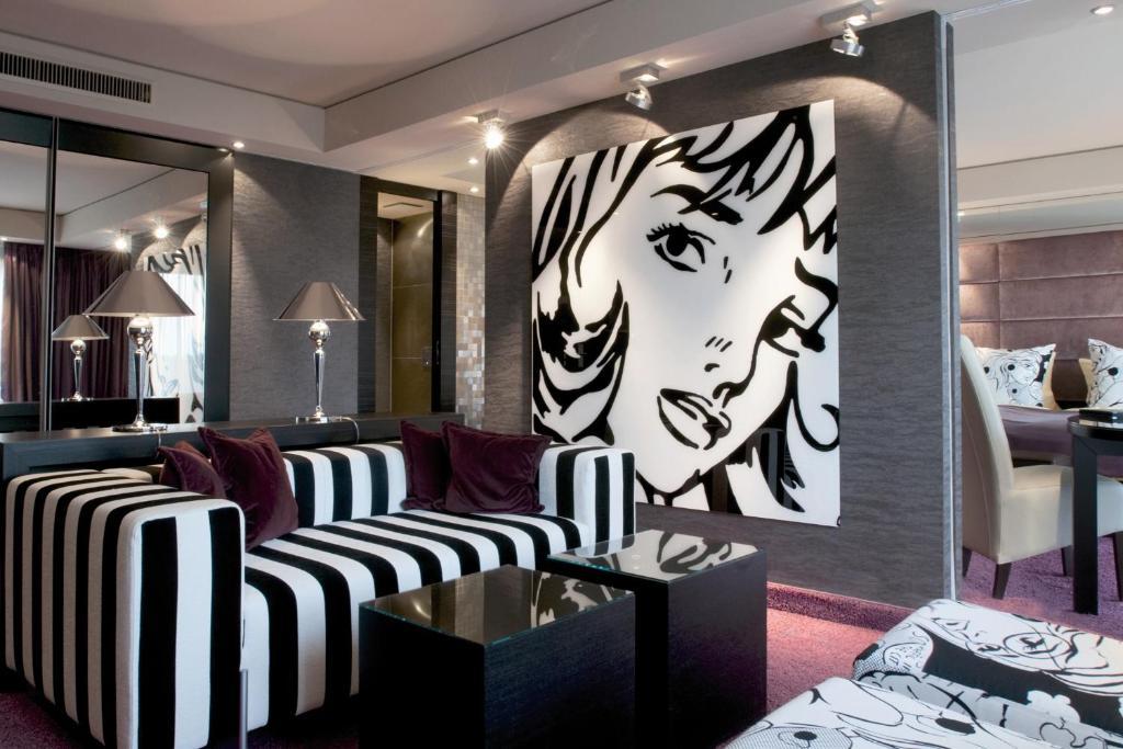 A seating area at Atrium Hotel Mainz