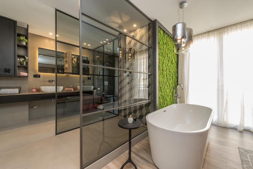 A bathroom at Apartments & Rooms Mareta Exclusive