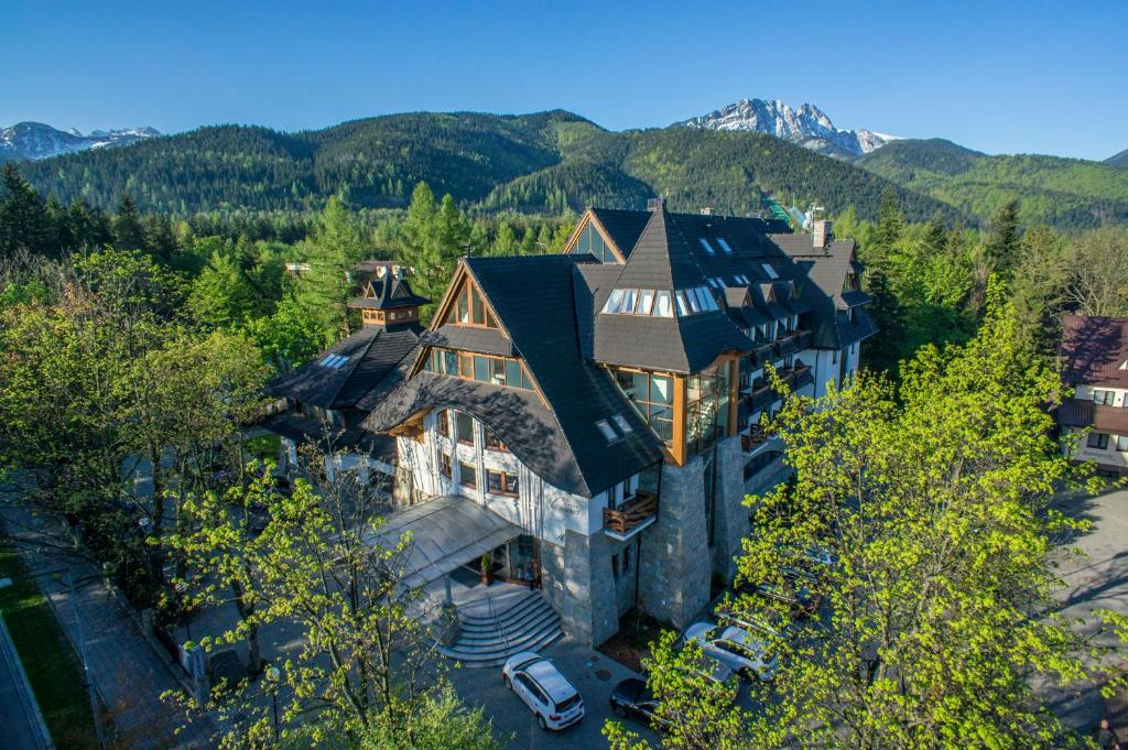 A bird's-eye view of Hotel Crocus