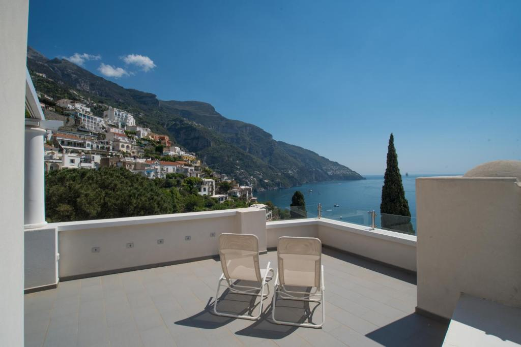 A balcony or terrace at Villa Theile