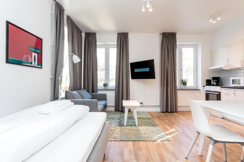 Un televizor și/sau centru de divertisment la ApartDirect Gröndal