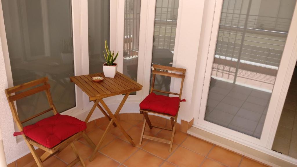 A seating area at Sesimbra Oasis Apartment