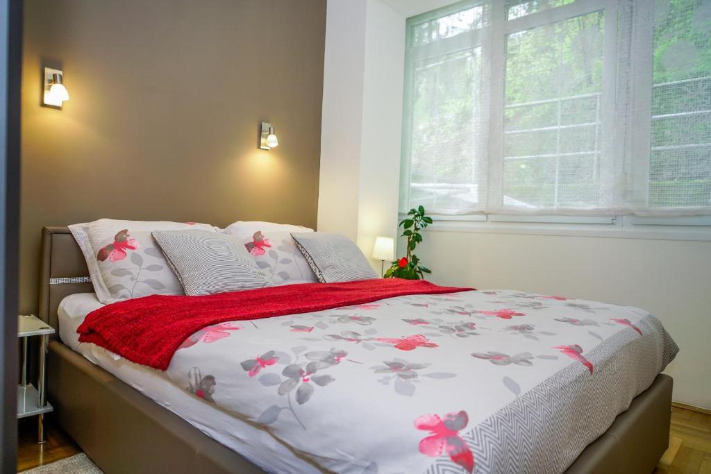 Postel nebo postele na pokoji v ubytování Yellow Bike Apartment
