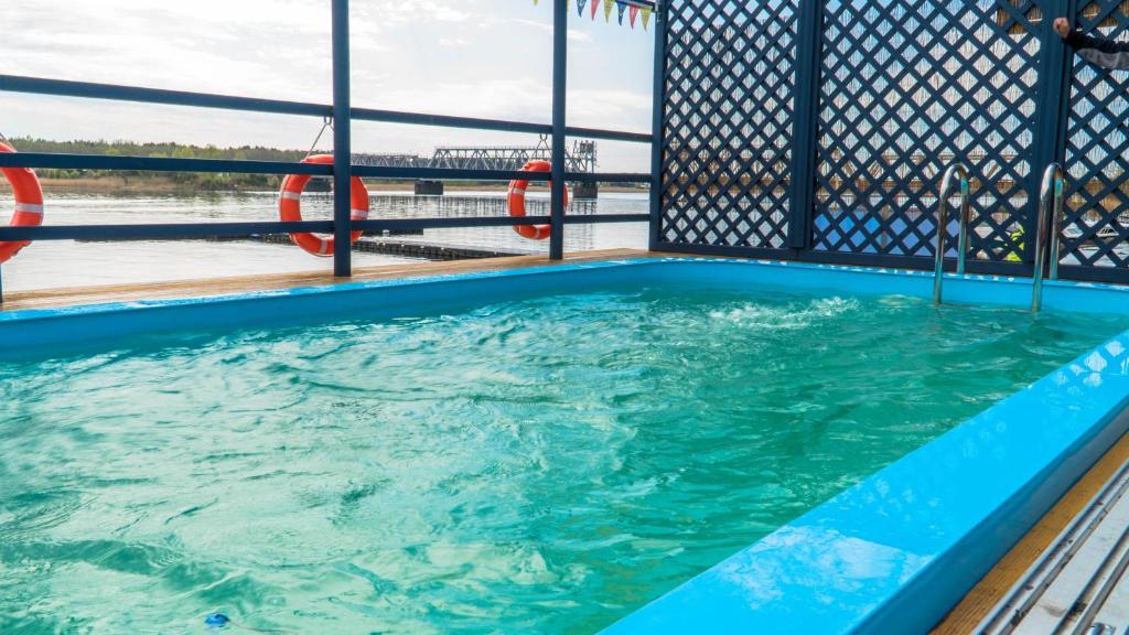 Бассейн в Porto Marine или поблизости