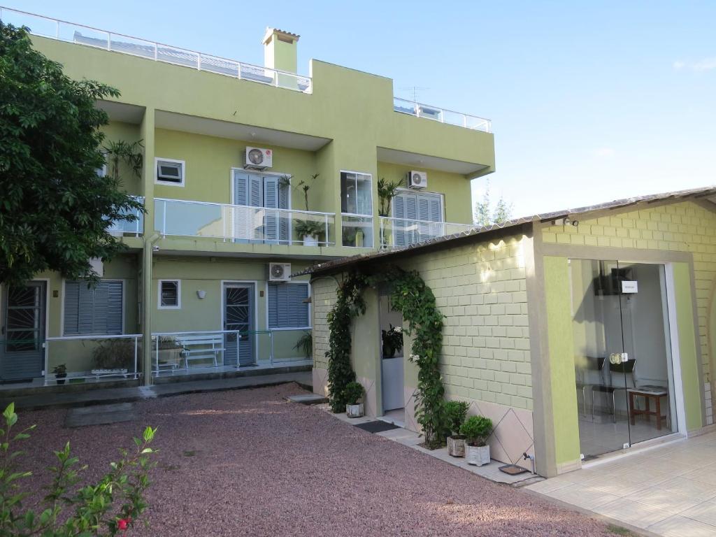 Residencial e Pousada 663