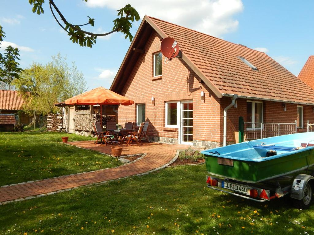 Modern Cottage near Lake in Neu Poserin, Neu Poserin ...