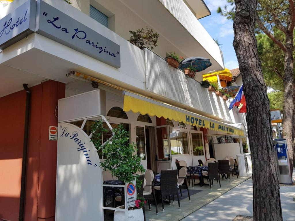 Restaurace v ubytování Hotel La Parigina
