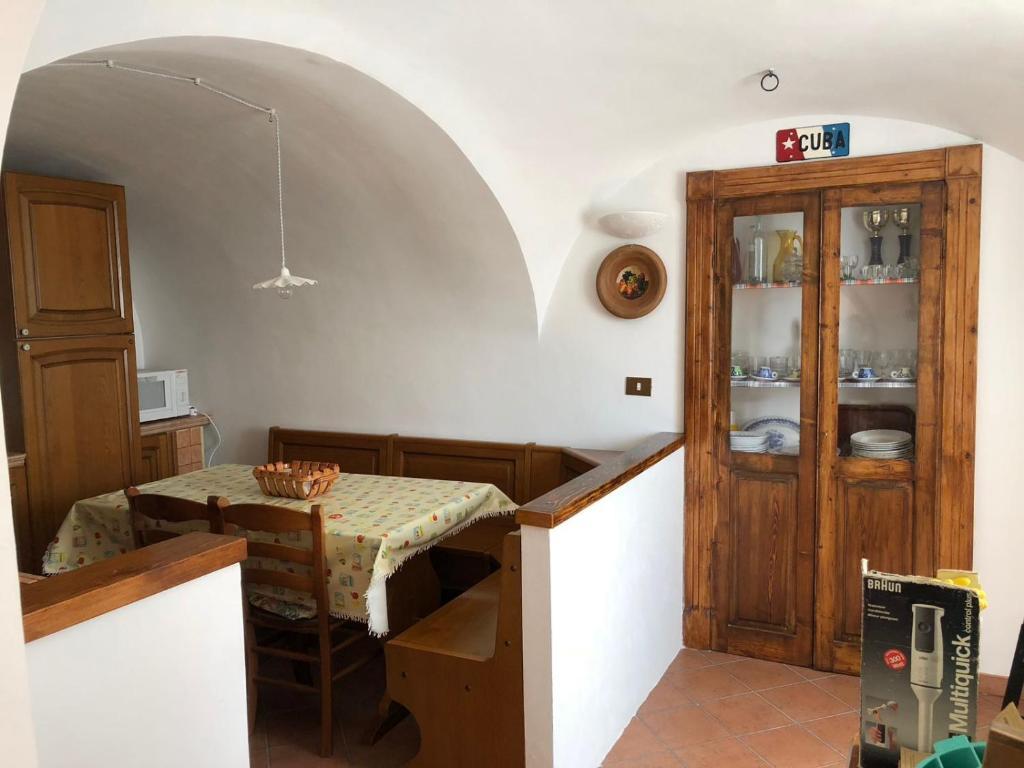 A kitchen or kitchenette at Ammoglja