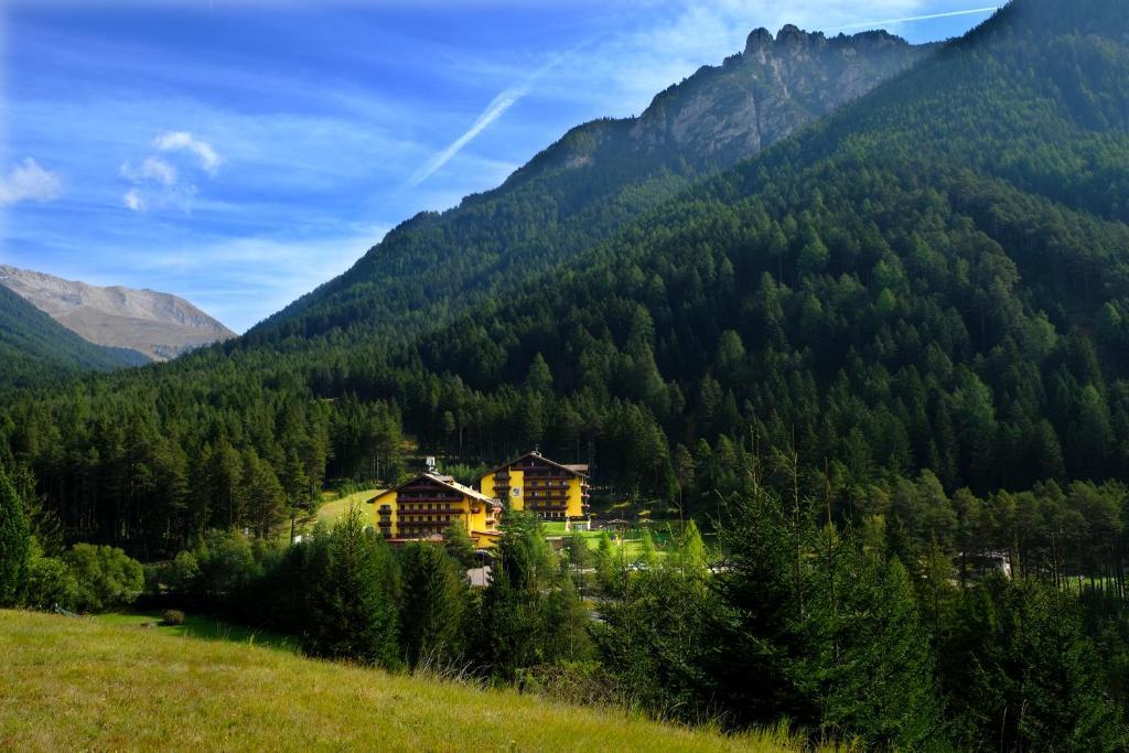 Hotel Shandranj Tesero, Italy